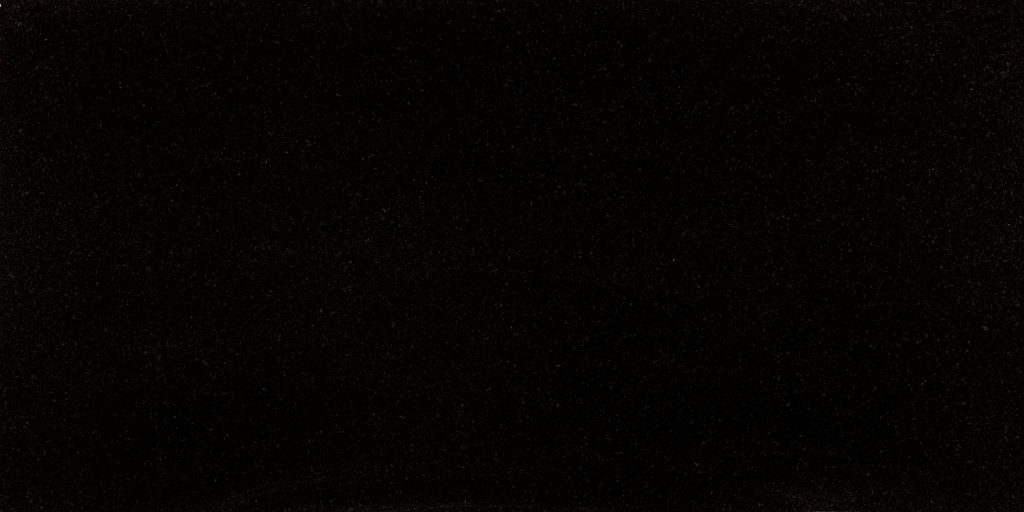 granit Absolut Black poler