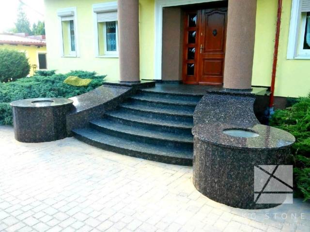 schody granitowe z kamienia naturalnego