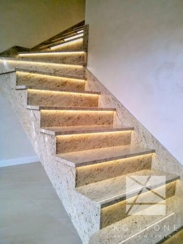schody granitowe - kość słoniowa