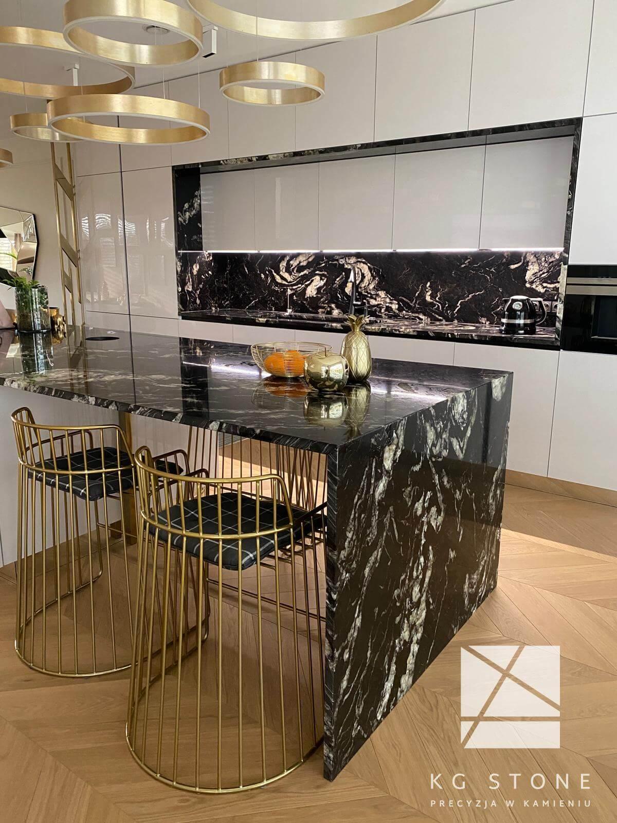 wyspa kuchenna z kwarcu brazylijskiego Titanium