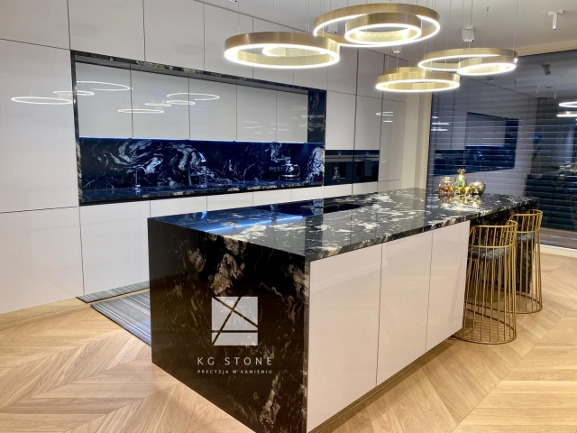 wyspa kuchenna - blat granitowy Titanium